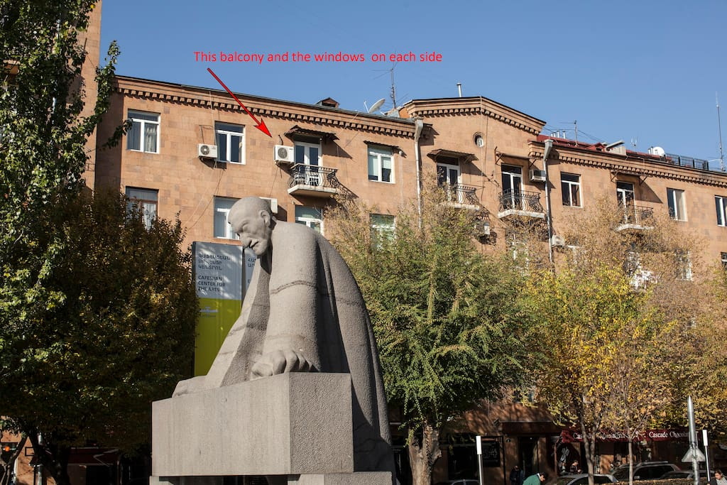 The apartment is on the top floor with a great view of Cascade, including the monument to Alexander Tamanyan - chief architect of Yerevan. The apartment has a balcony with a bedroom and kitchen window on each side.