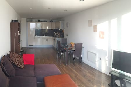 Professional and friendly flat