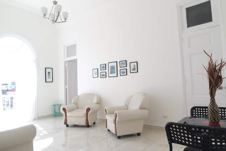 ☼ Luxury Apartment in the heart of Old Havana !!☼