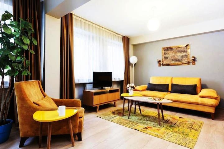 Bright-Cosy Suite with Jacuzzi in Galata by1785