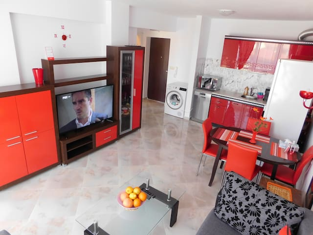 One-bedroom luxury apartment for rent in Sarafovo