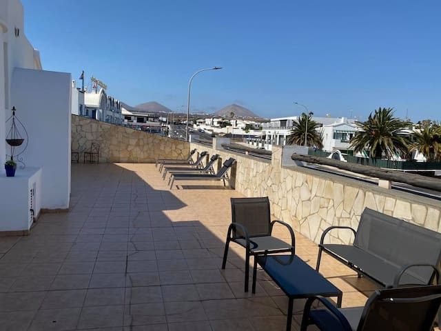 Beautiful 3 bed house in ideal location.