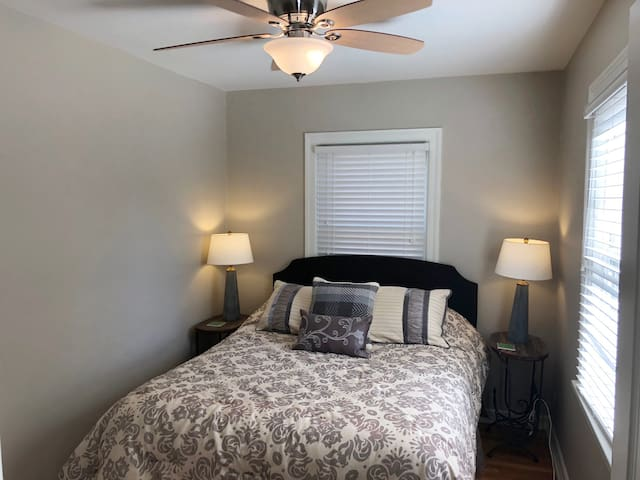 3rd Bedroom with new upscale Queen Bed