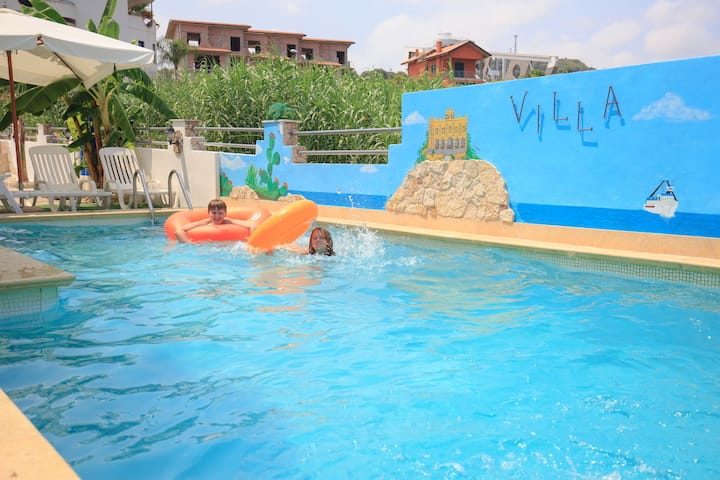 Apartment with Pool ad Wi-Fi at 250m from the sea