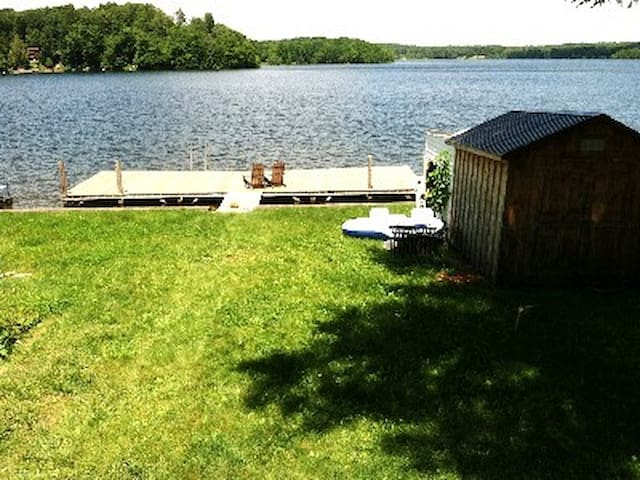 Galway LakeFront Camp - Broadalbin - Chatka