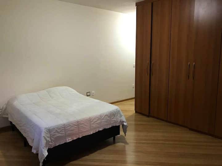 Suítes Bairro Ouro Preto quarto 2