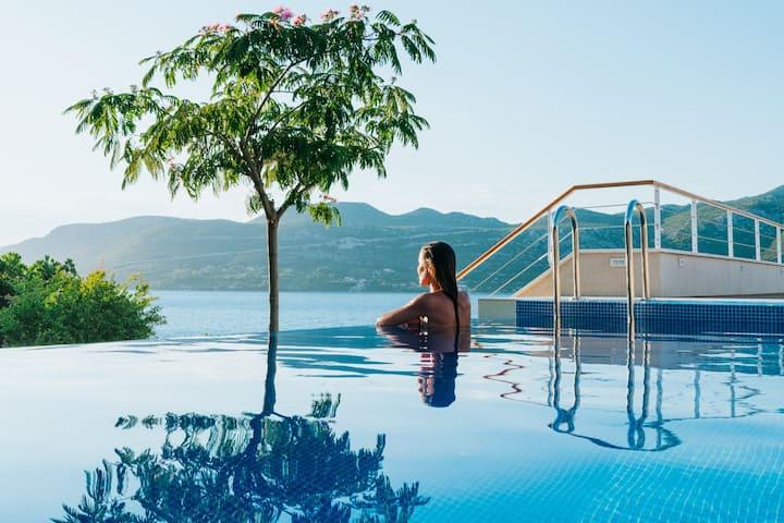 Exceptional Design Villa – Soul Sister Luna