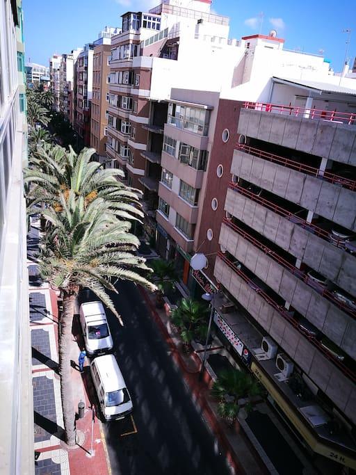 Esta calle te lleva al parque de santa Catalina.