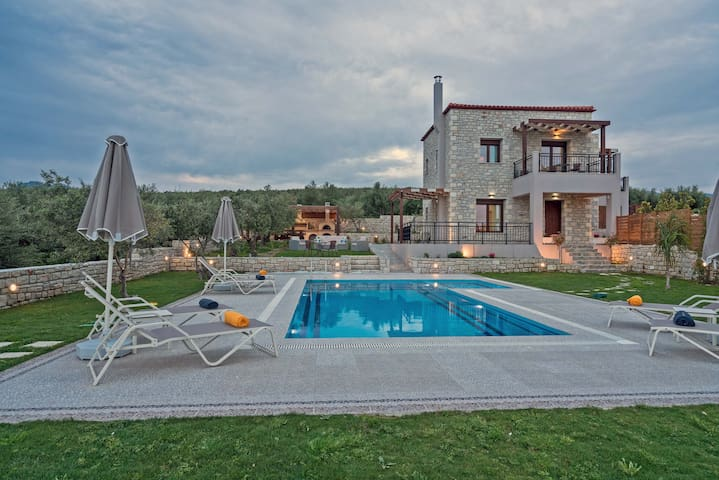 Olive garden villa with private pool (Anthelia) - Rethimno - Villa