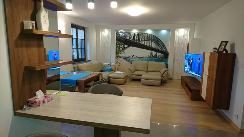 Ustka - Luksusowy apartament 500m od plaży.