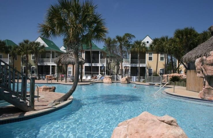 Sand Dollar Cottage at Purple Parrot Resort