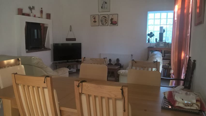 Maison-Limoux Holiday Home (Sleeps 8) in Limoux