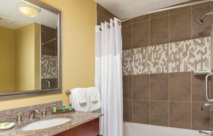 Patriots Place 1 Bedroom 1 Bathroom