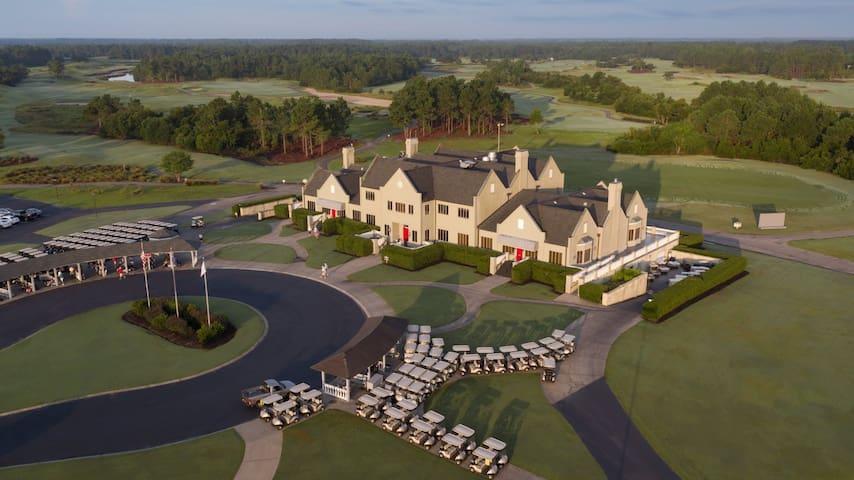 Executive Villa at Legends Golf & Resort