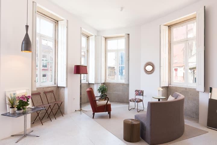 Apartment with 2 suites nearby São Bento Station
