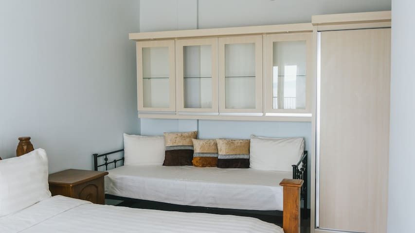 Panoramic Suite - Daybed / Children bed