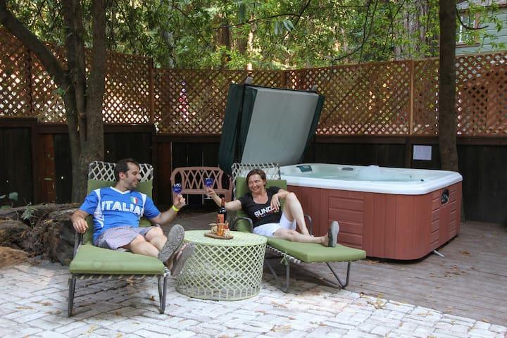 #A Spacious, rustic 2 BR/2 BA, patio, hot tub