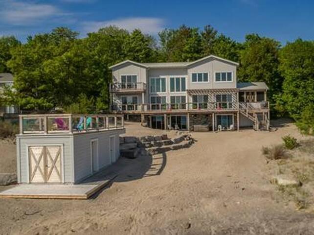 Georgian Bay Beach House!