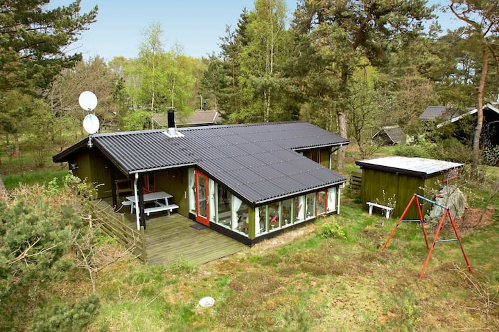 Quaint Holiday Home in Aakirkeby with Beach nearby