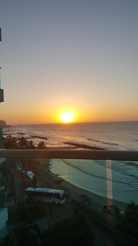 Atardecer visto desde el balcon. Sunset view from balcony.