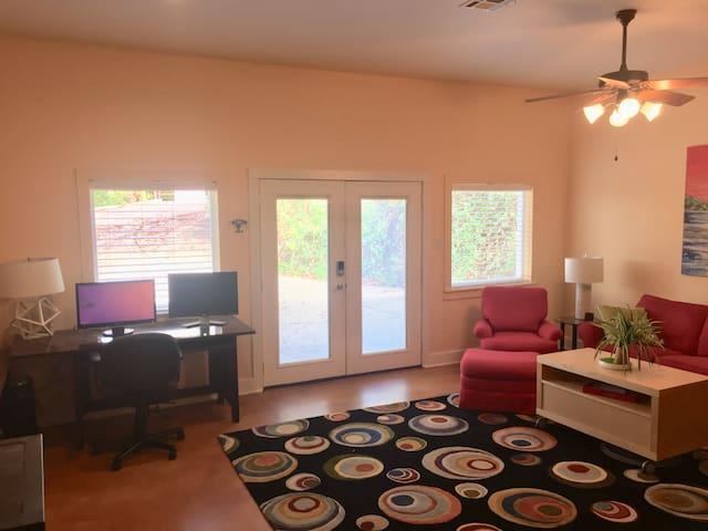 Lake Travis Rock Suite