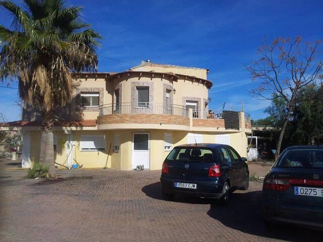 Moralet-Alicante a 5 minutos de la Universidad