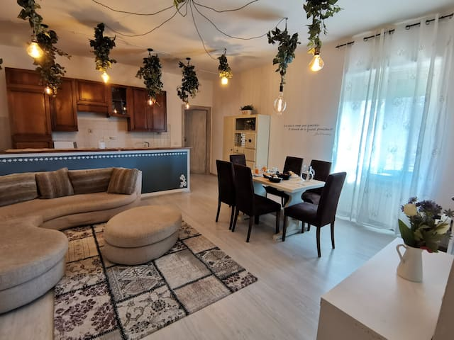 Casa Francigena – Room + Private External Bathroom