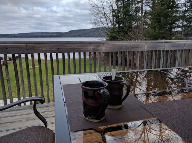 Whitefish Bed and Cook Your Own Breakfast - Nolalu - Bed & Breakfast
