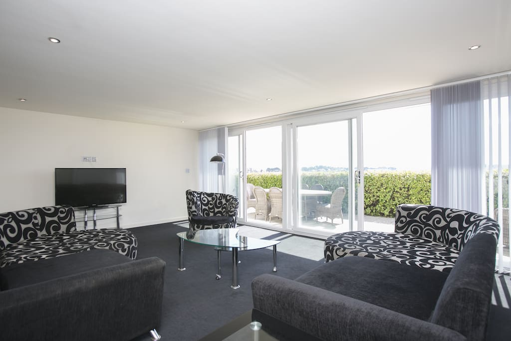 Lounging in luxury overlooking Sandbanks Harbour