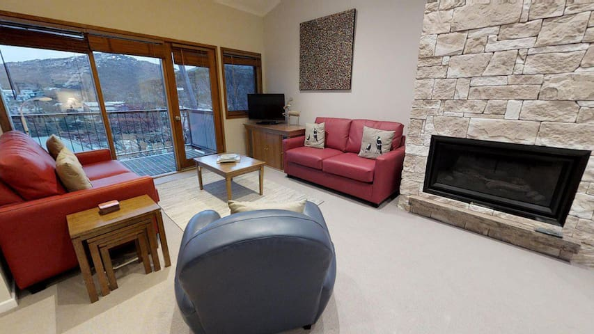 Lodge Apartment 22
