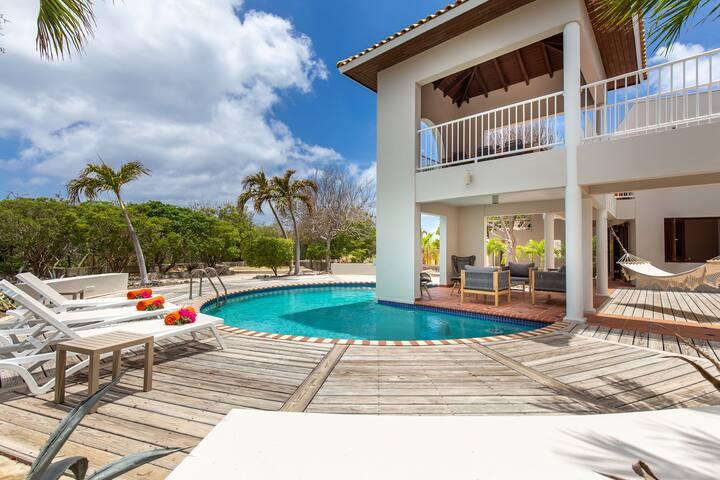 Villa Curacao met privé-zwembad