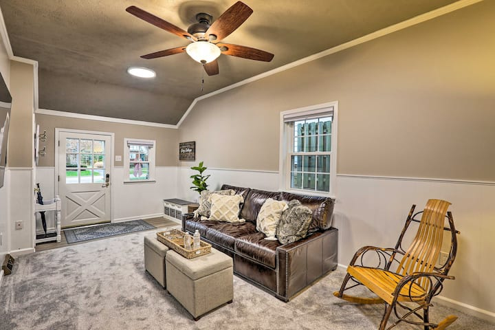 NEW! Contemporary Home near Kenwood Towne Centre!
