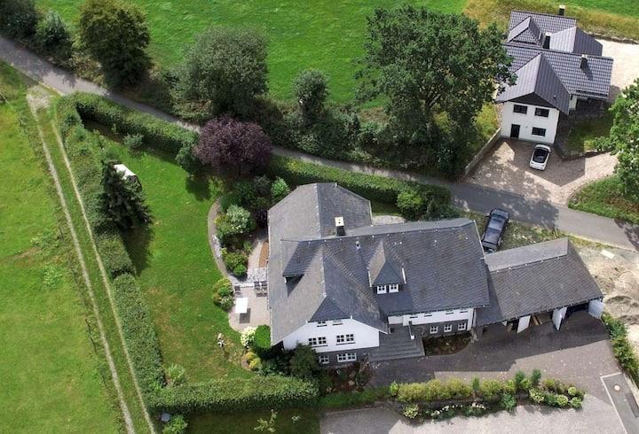 Villa Vahl, vrijstaand huis, regio Winterberg