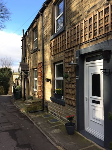 Travellers Nook Cottage - Holmfirth - Casa