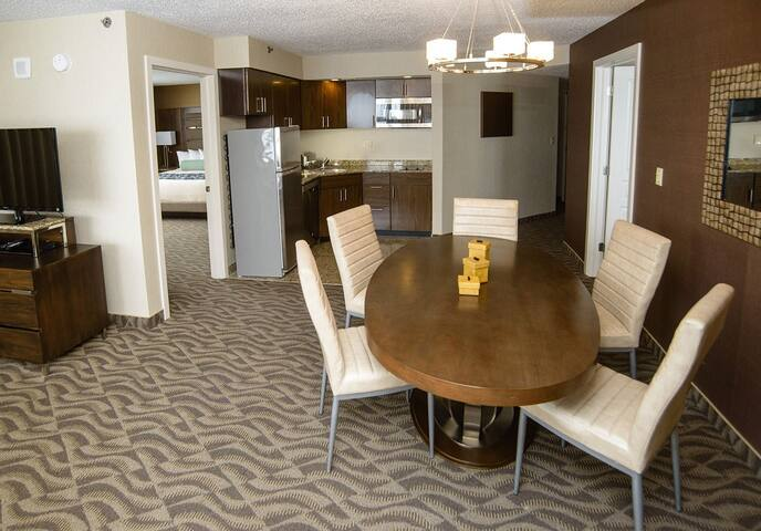 Oceanfront Flagship Hotel-1 bdrm delux villa w/kit