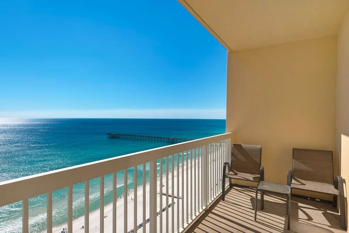 Gulf Front, 3 Min Walk to Pier Park, Free Wifi, Bunk Beds - Great for Kids, Free Fun Included