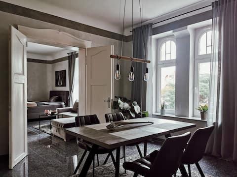 Stilvolle Wohnung im Zentrum Erfurts & Stellplatz