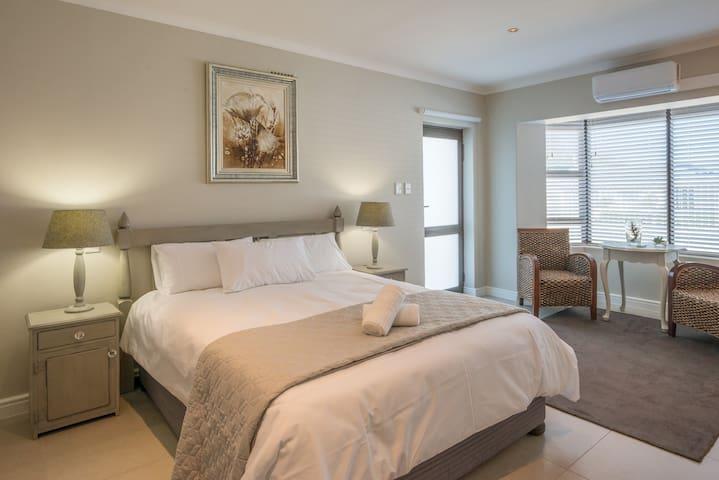 @7PillarsBnB - Shiraz Room - Kaapstad - Bed & Breakfast