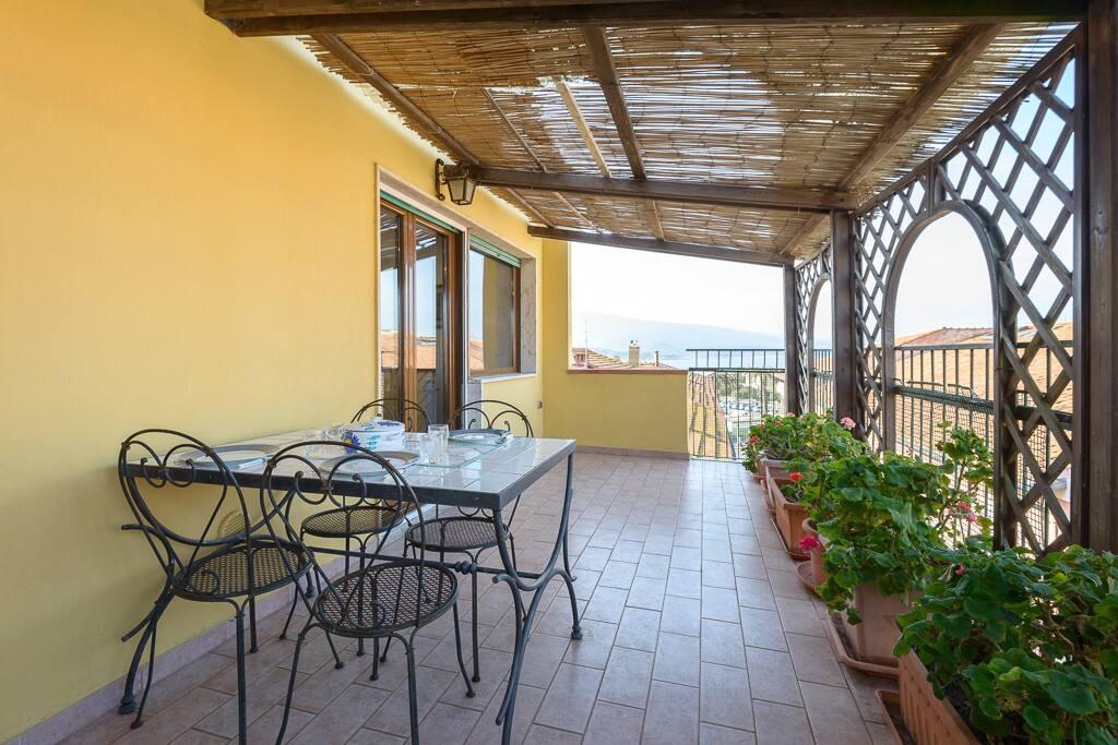 Terrazzo / Terrace