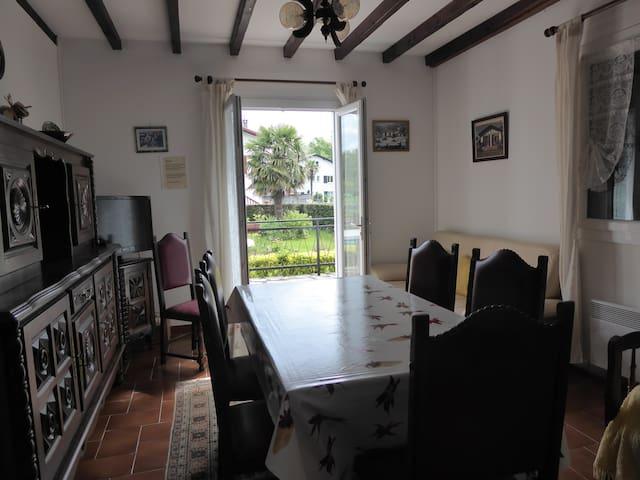 Location maison  sur jardin -mai Juin juillet - Ascain - Casa