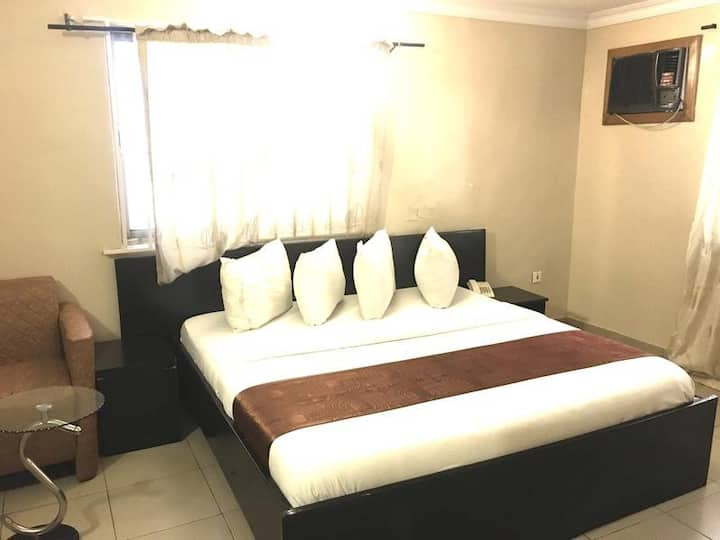 E-apartments - Deluxe Room