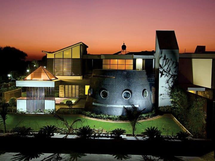 MB Villa