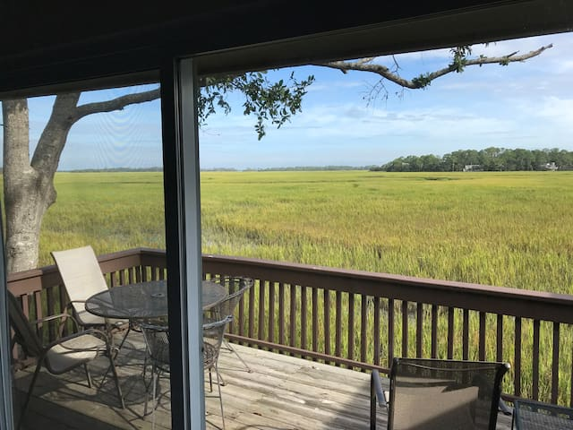 Your Fripp Island Beach Escape! Newly Renovated.