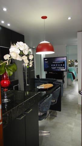 Apto Studio no Centro com ar-condicionado e Wi-fi - Belo Horizonte - Apartemen