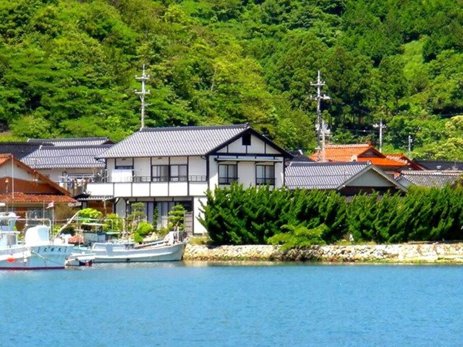 The house is near the sea.