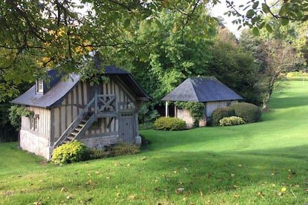 La maison de Poupée - Saint-Hymer