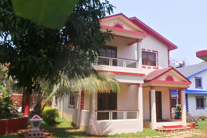 3 bedroom Villa for holiday renting with pool - Marna - Casa de camp