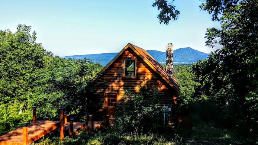 Private Mountain Retreat, Inclusive - Moorefield