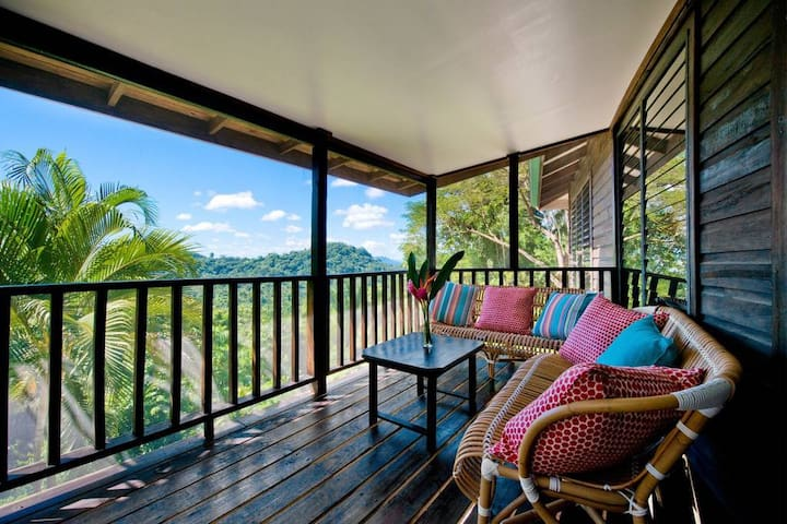 3 Bed Villa CTL · 3 Bedroom Villa in the Jungle with Pool