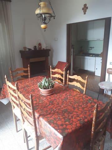 Intero appartamento in collina a Tosi